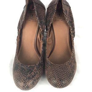 LUCKY BRAND heel wedge snake 9